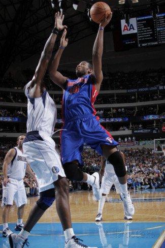 Detroit Pistons v Dallas Mavericks: Greg Monroe and Brendan Haywood
