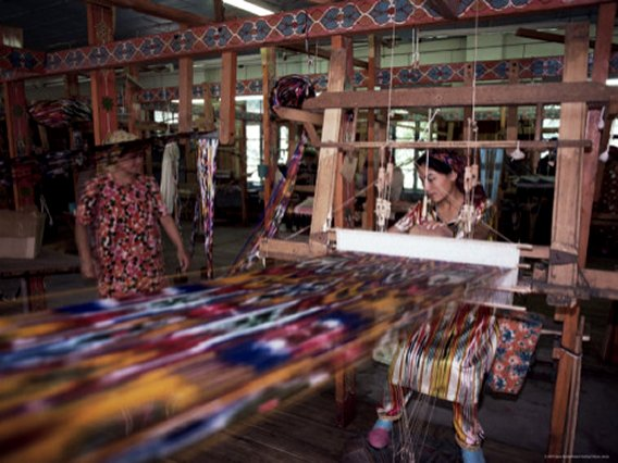 Handloom Silk Weaving, Margilan, Uzbekistan, Central Asia
