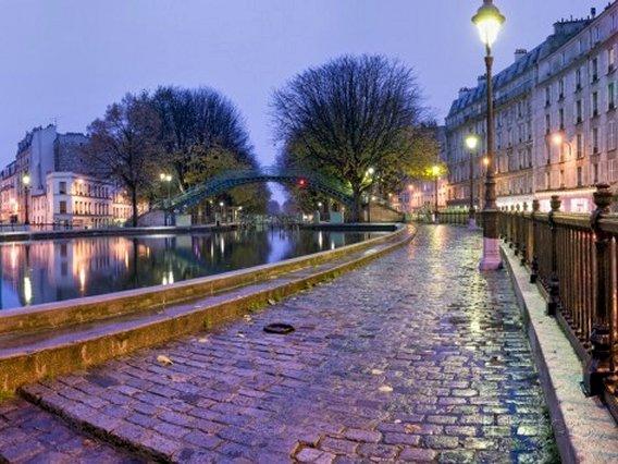 Quai de Valmy on Canal St.-Martin, Paris, France