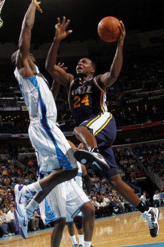Utah Jazz v New Orleans Hornets: Paul Millsap and Emeka Okafor